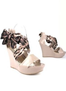 b7adedd5dc84a4 Bow Side Leopard Print Patent Wedge